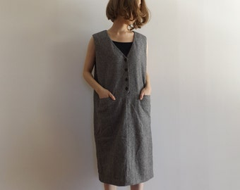 salt and pepper jumper dress / deep v / minimal / wool dress / tweed
