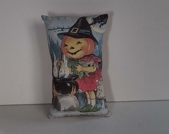 Vintage Halloween Decorative Pillow