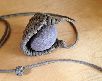 Items similar to 550 paracord golf ball sling on etsy for Paracord rock sling