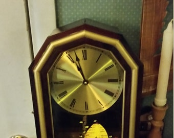 Antique Mantle Clock. Painted glass (Beehive)