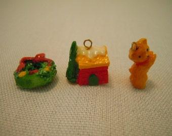 Miniature Christmas Ornament ~ Wreath ~ Tree Decoration ~ Bear ~ House ~ Holiday Decoration ~ Miniature ~ Fairy garden ~ Dollhouse