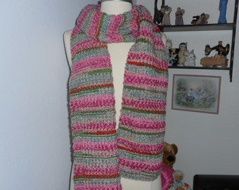 Old Fashion Ribbon Candy Stripped Scarf (knitted)