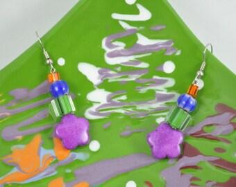 Fuchsia Daisy Earrings - 013