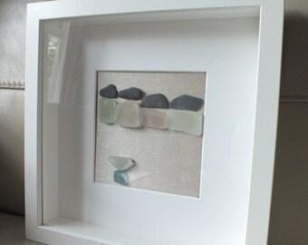 """Seaglass picture """"Beach huts & seagull"""""""