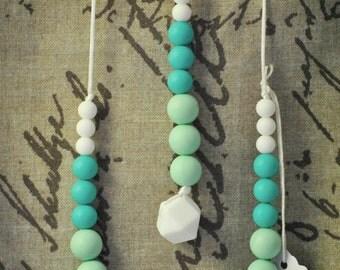 Silicone Teething Necklace / Nursing Necklace - Gift Set