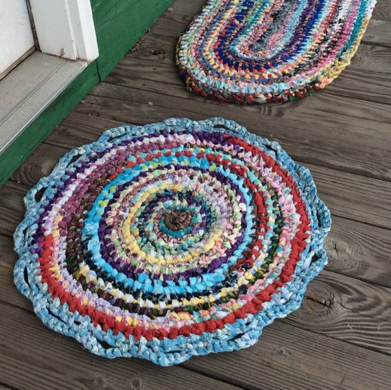 Rag Rug Toothbrush Amish Knotted 26ROUND W/ Multicolored