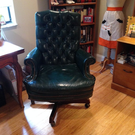 Items Similar To North Hickory Furniture Company Vintage Leather Tufted  Office Chair On Etsy