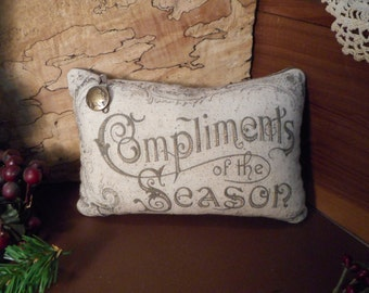 Pillow Tuck: Primitive Rustic Holiday  Americana Pillow Tuck with Indian Head Button