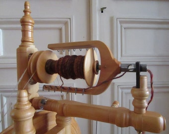 Workshop / LESSONS - Spinning wheel lessons - lessons in spinning the wheel and spindle - North of the France