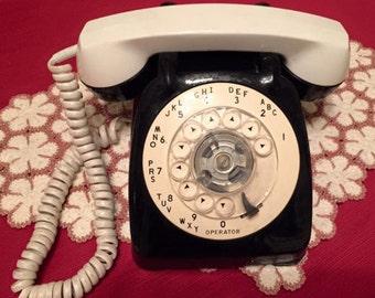 1950's Vintage Two Tone Telephone
