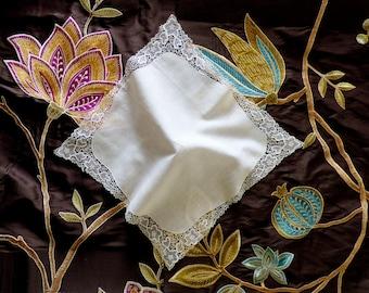 Edwardian lace handkerchief. 1900 - 1910