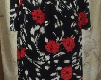 Red and Black Floral Print Maxi Dress