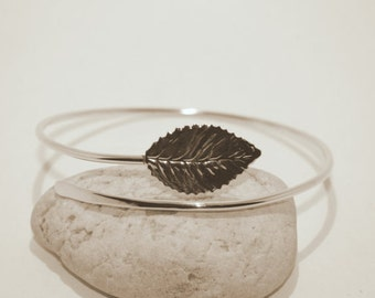 Leaf Silver Arm Cuff - Handmade Hammered Sterling Silver 925 Leaves Upper Arm Band