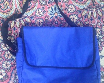 Customizable Messanger Bag