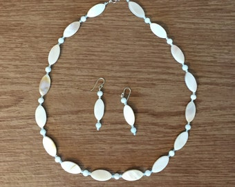 White and Light Blue Mother of Pearl Necklace.