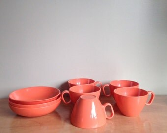 Melmac cups and bowls orange shining