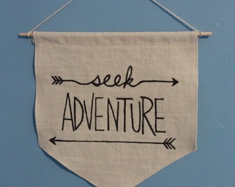 Hanging wall pendant - Seek Adventure