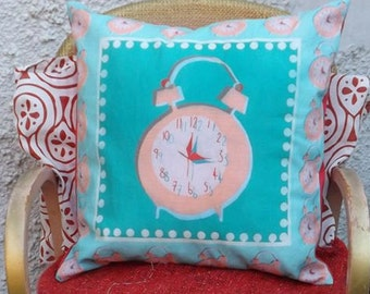Tick Tock 'Retro' Cushion