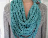 CLEARANCE - Teal Lucetted Chain Infinity Scarf