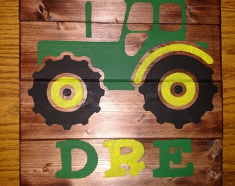 Tractor – Personalized Wood Sign.