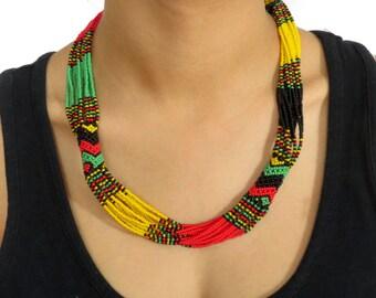 African Zulu beaded short necklace – Rasta colours
