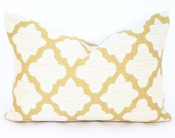Moorish Quatrefoil Pillow Cover in Golden Yellow and Creamy White