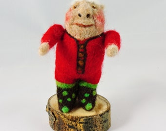 Felted Elf Figure Puppet, Decorative Needle Felting Figure, Home Décor, Collectable Felted Figures
