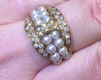 Vintage 18k Yellow Gold Estate Diamond and Pearls Italian Design Ring