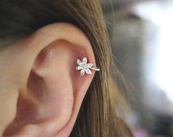 CZ Ear Cuff/Silver Cuff/Ear cuff no piercing/Ear cuff non pierced/Cartilage ear cuff/Helix ear cuff/Ear Crwler/Silver ear cuff/Ear climber