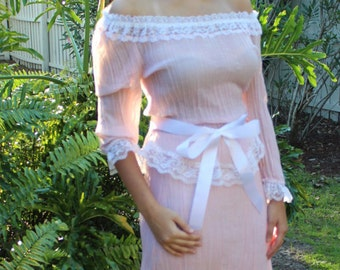 1982 Vintage Pink 2-pieces set/blouse and skirt by Roberta Fits Medium