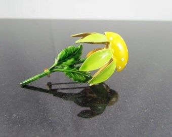Vintage 1950's ORIGINAL BY ROBERT Hand Painted Yellow Flower Figural Brooch Pin - Fashioncraft