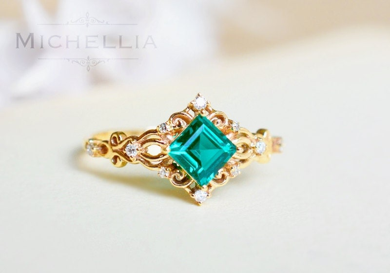 14K 18K Anna Emerald Engagement Ring Square