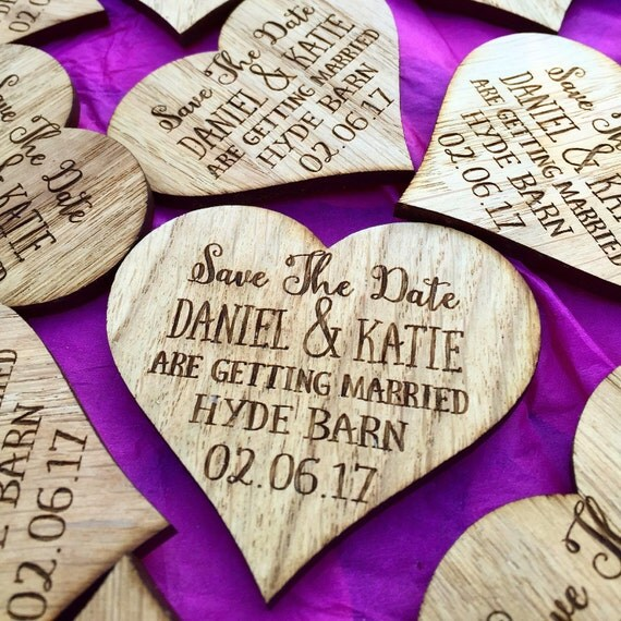 When to Send Your Save the Dates & Wedding Invitations