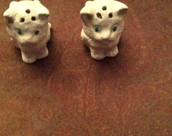 Salt and pepper shakers, cat salt and pepper shakers