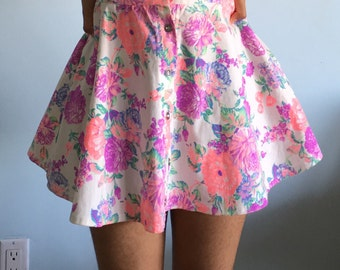 Size small floral print skirt