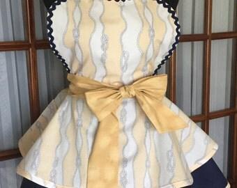 Cabana Sailor's Knot Apron - Sailing Apron - Seaside Apron - 1950s Retro Pin Up Apron