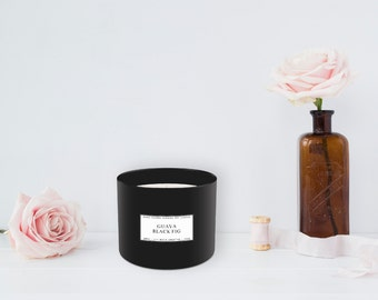Guava + Black Fig Candle (385 g)