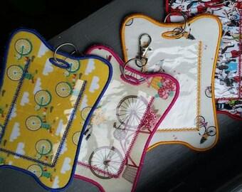 Triathlon Themed Baggage Tags!