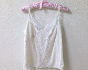 60s/70s White Lace Camisole Size 38