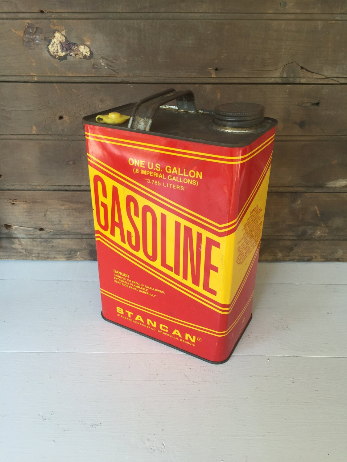 Vintage Metal Gas Can Gasoline Can 1 Gallon by ...