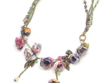 Frida necklace, olive purple.