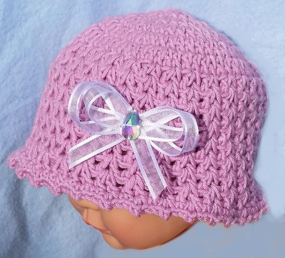 Preemie/Newborn Sun Hat Pattern by Cream Of The Crop Crochet October 24, by Rhelena Leave a Comment This adorable baby sun hat pattern is brought to you by Cream Of The Crop Crochet.