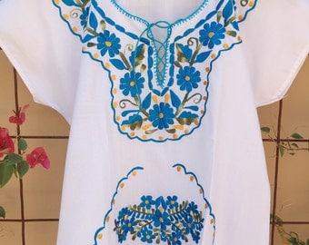 Mexican floral blouse S/M