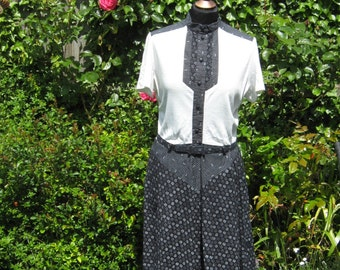 Vintage 70's Black and Cream Day Dress Size 10