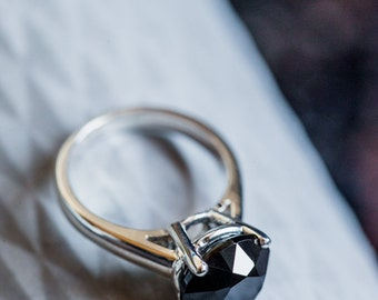 4ct solitary silver ring, black, diamond cut, eco-friendly jewelry, one of a kind concept, classic wear, elegant, timeless, gift for her.