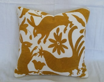 "Otomi 18"" x 18"" pillow"