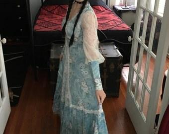 Vintage Gunne Sax Prairie Dress Blue Floral