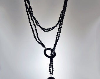 Onyx necklace with ball