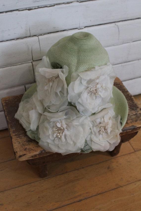 Vintage Green White Floral Hat