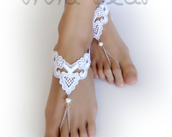 Lace Barefoot Sandals. White Heart Foot Jewelry. White Pearl Beads. Silver Chain Slave Anklets. Beach Wedding. Bridal Accessory. Set of 2